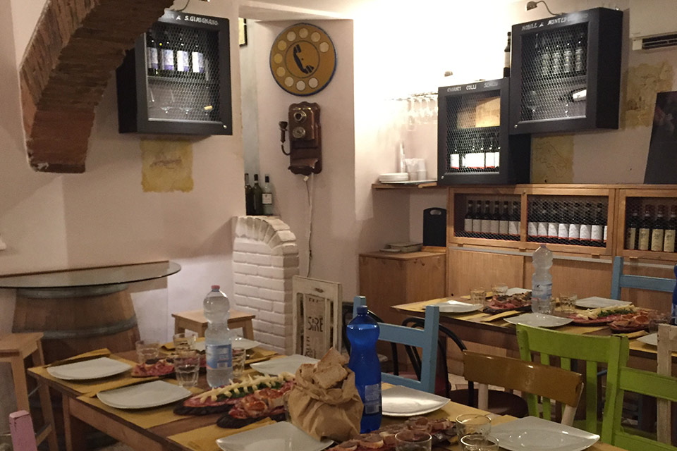 Bar Osteria Il Bargello - Locale